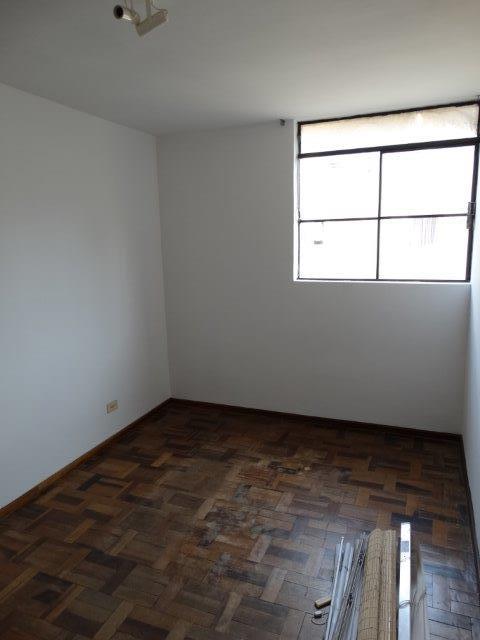 Apartamento de 3 dormitórios em Cristo Rei, Curitiba - PR