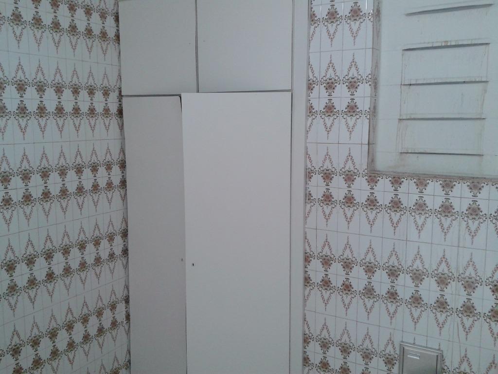 Apartamento de 2 dormitórios em Centro, Curitiba - PR