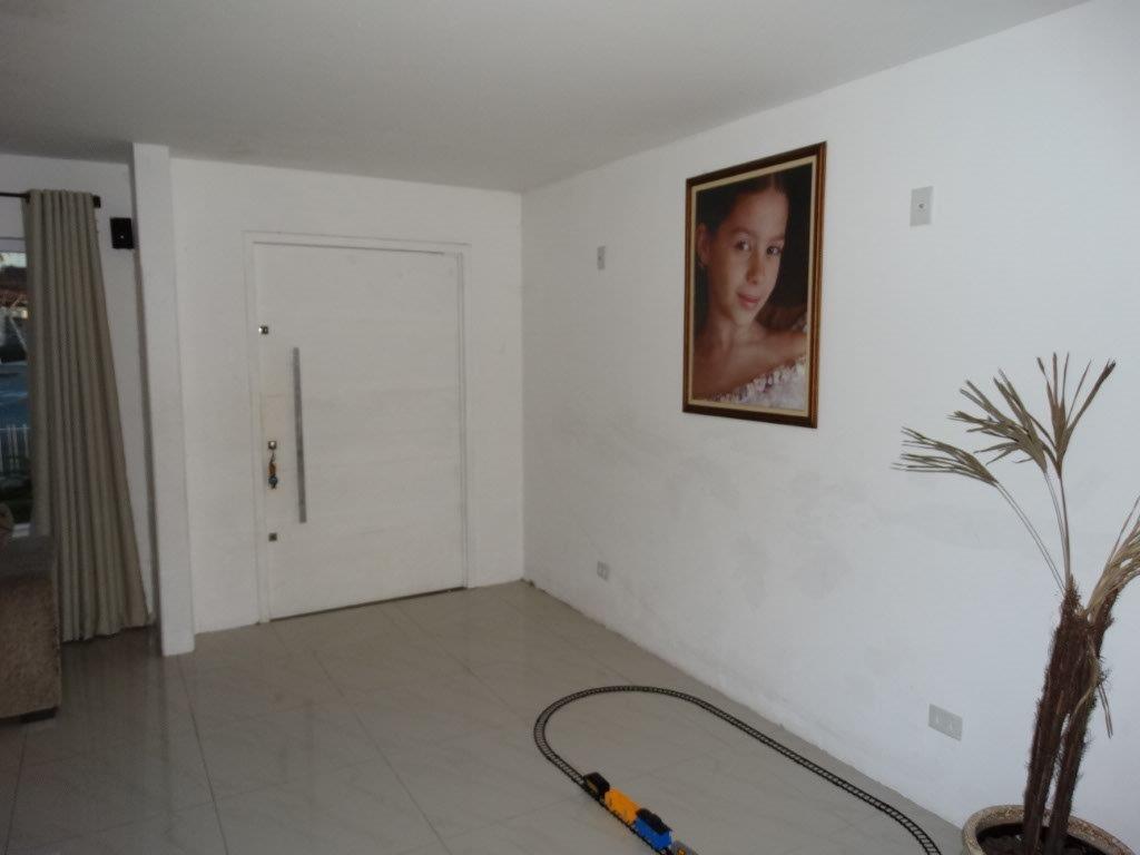 Casa de 4 dormitórios à venda em Jardim Social, Curitiba - PR