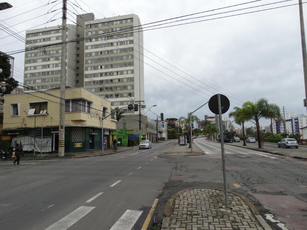 Terreno à venda em Jardim Botânico, Curitiba - PR