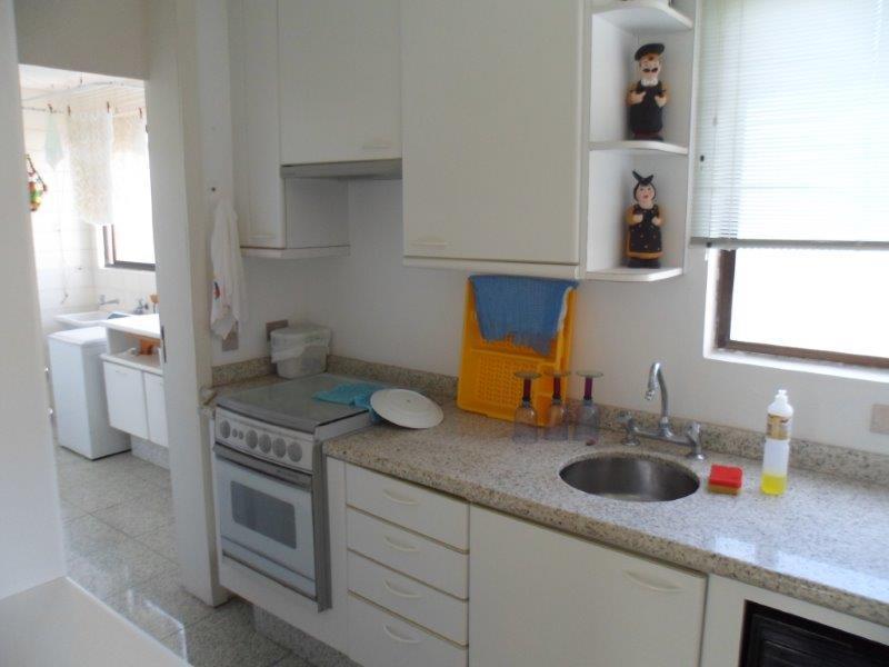 Cobertura de 4 dormitórios em Praia Mansa, Matinhos - PR