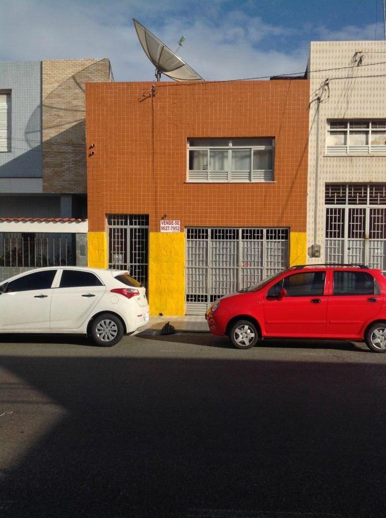 Casa  residencial à venda, Centro, Aracaju. de Henrique Dourado - Corretor de Imóveis.'