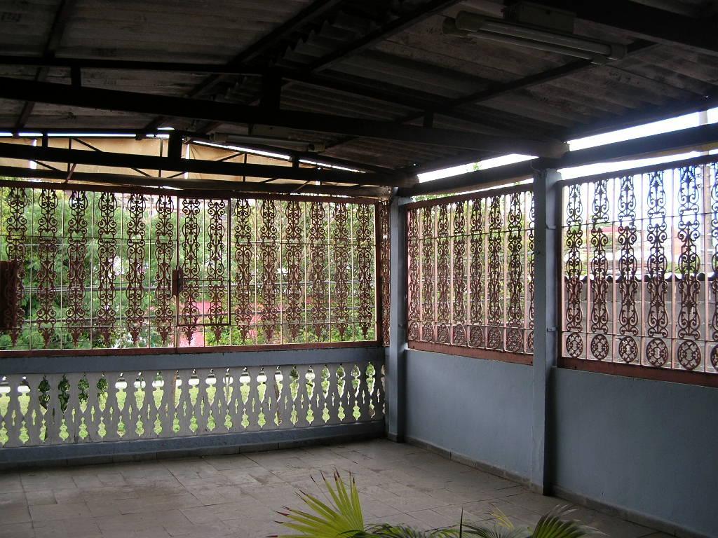 Sobrado à Venda - Vila Nhocune