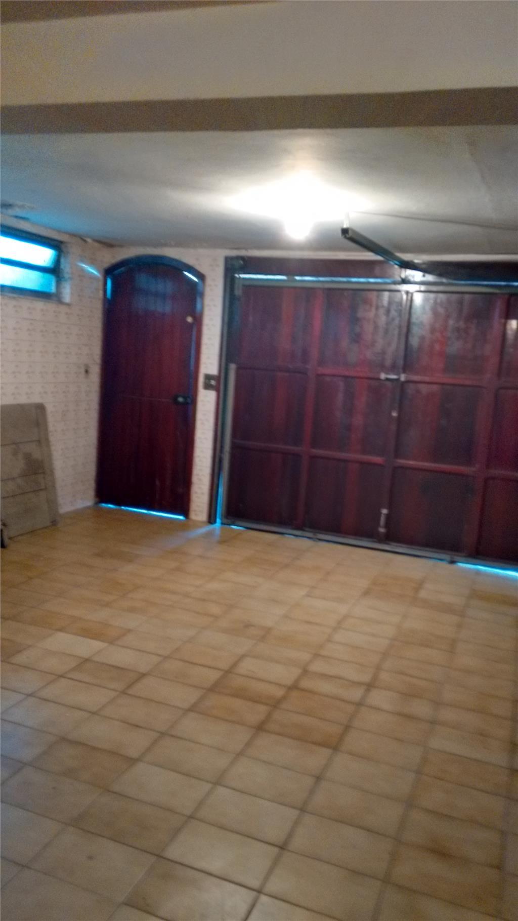 Casa / Sobrado à Venda - Vila Carmosina