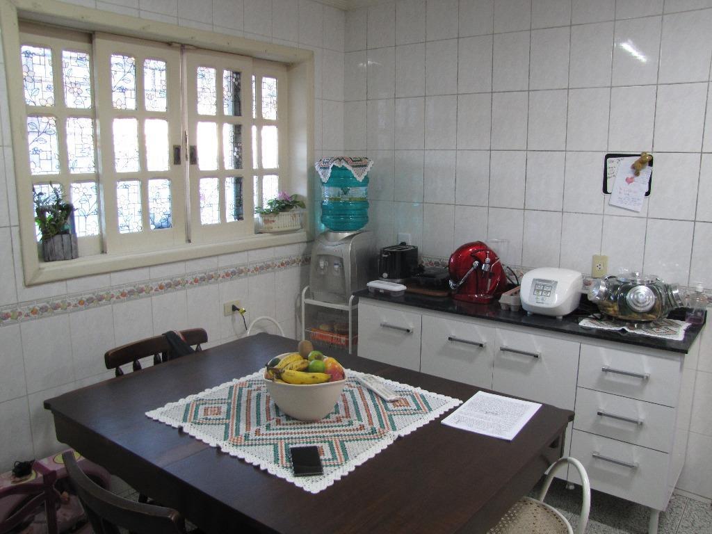 Sobrado de 4 dormitórios em Bairro Alto, Curitiba - PR