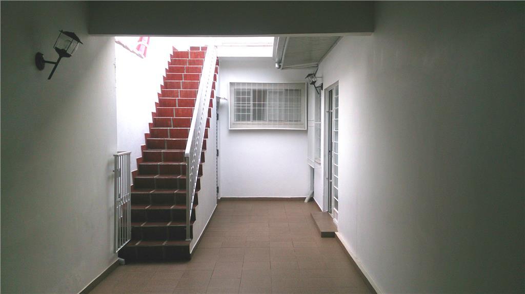 Casa de 3 dormitórios em Bacacheri, Curitiba - PR