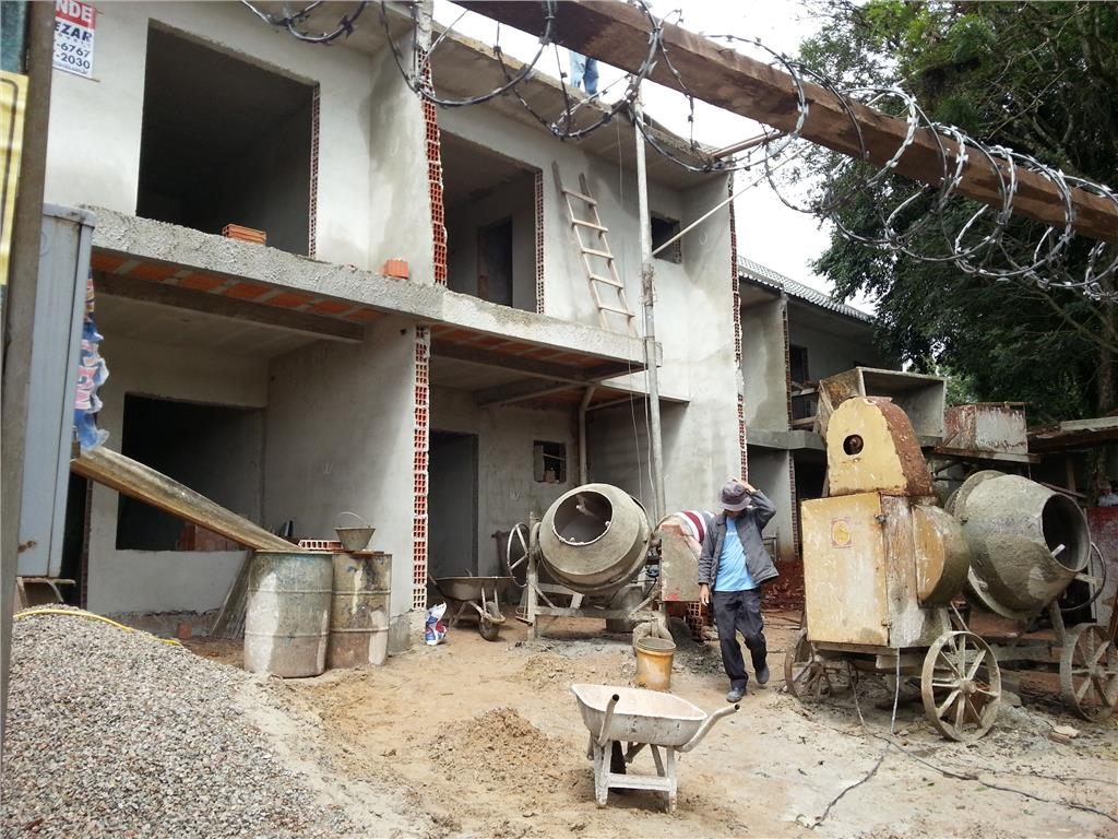 Sobrado em Construção | 03 Quartos | 153,49m²