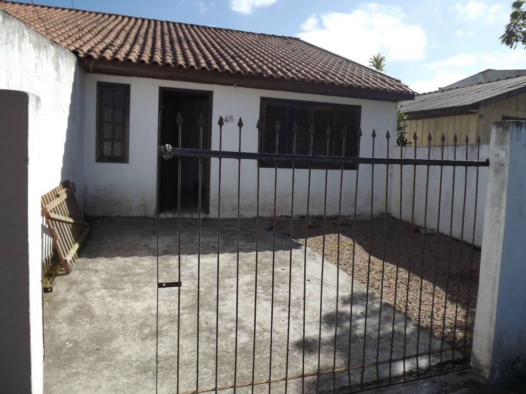 Casa para alugar por R$ 680 - Quississana - S�o Jos� dos Pinhais