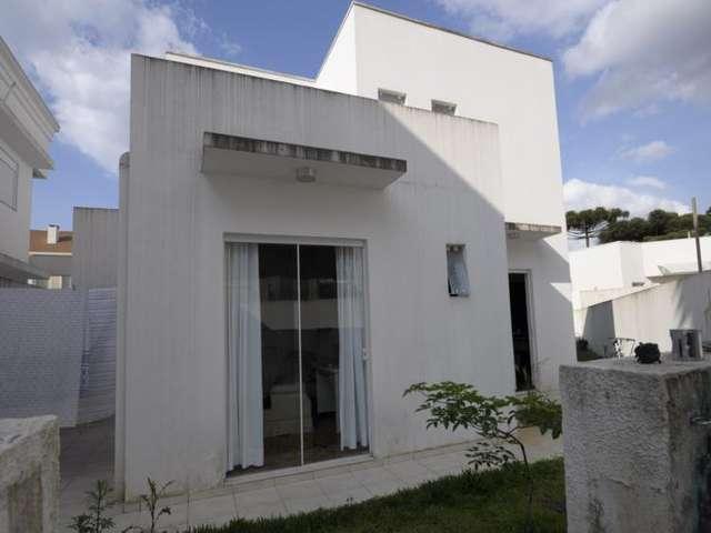 Casa para comprar por R$ 960.000 - Santa Felicidade - Curitiba