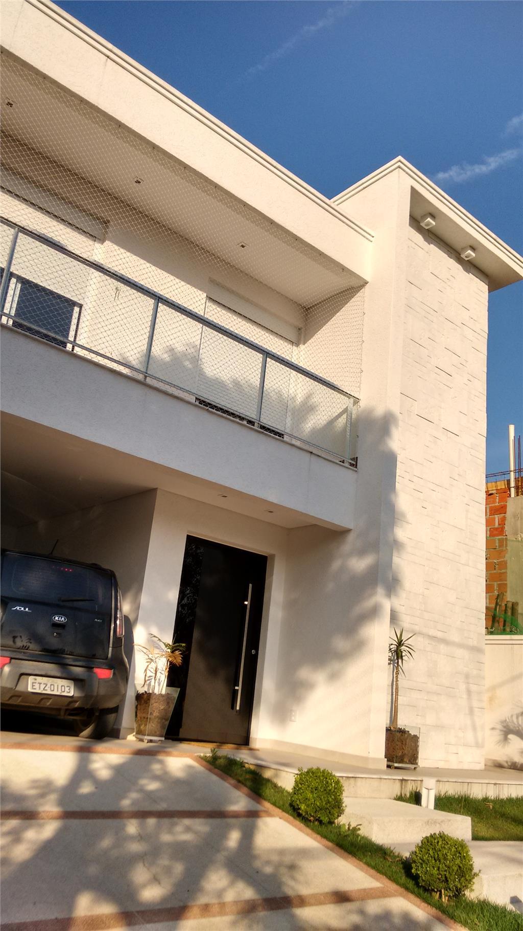 Sobrado de 4 dormitórios à venda em Fazenda Rincao, Arujá - SP