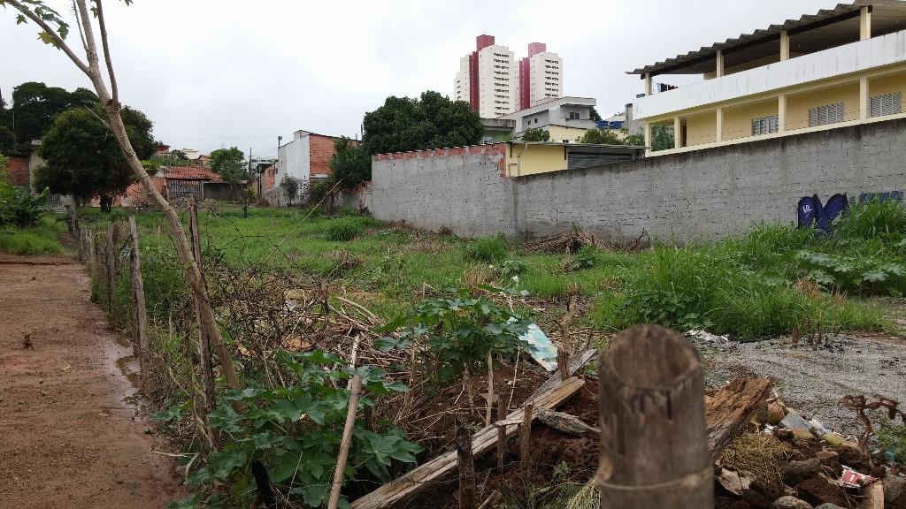 Terreno à venda em Vila Brasileira, Mogi Das Cruzes - SP
