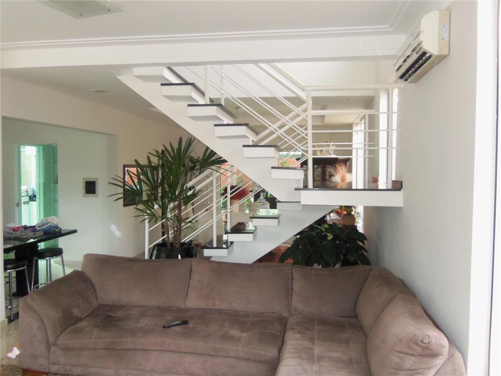 Sobrado de 3 dormitórios à venda em Real Park, Mogi Das Cruzes - SP