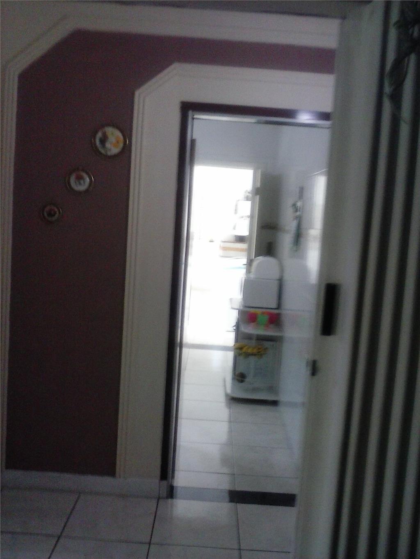 Sobrado de 3 dormitórios à venda em Vila Figueira, Suzano - SP