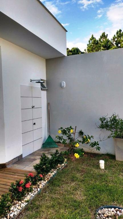 Metta Imobiliária - Casa 4 Dorm, Cacupé (CA0440) - Foto 4