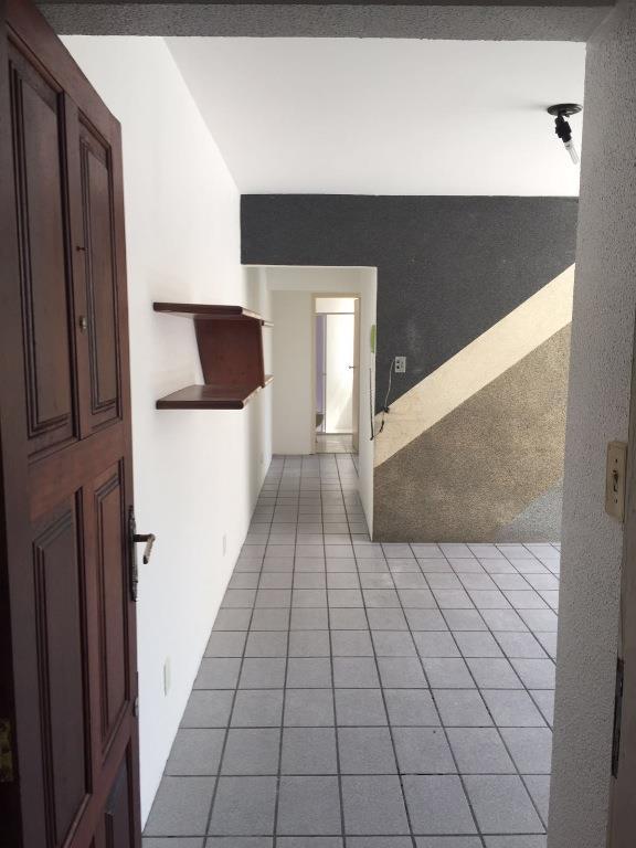 Apto 2 Dorm, Centro, Florianópolis (AP0481) - Foto 2