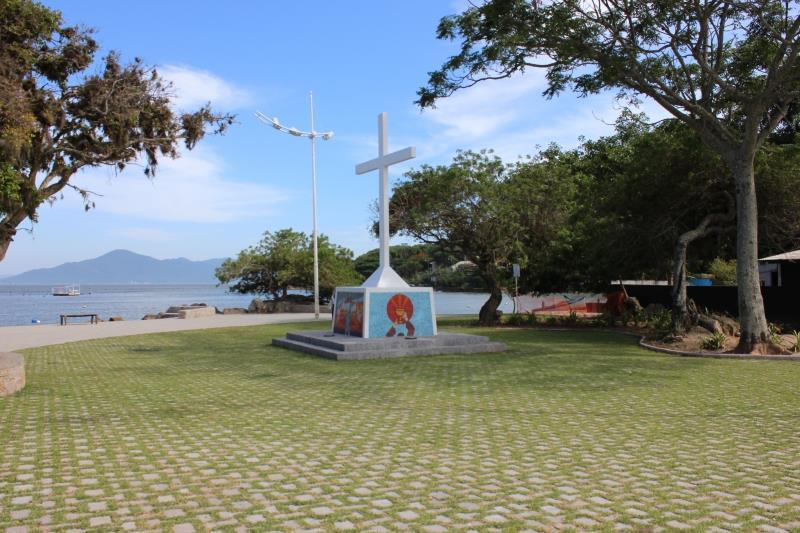 Casa 3 Dorm, Sambaqui, Florianópolis (CA0415) - Foto 2