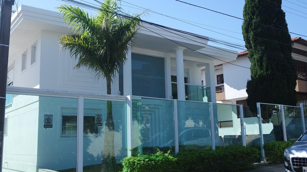 Im�vel: Metta Imobili�ria - Casa 5 Dorm, Centro (CA0338)