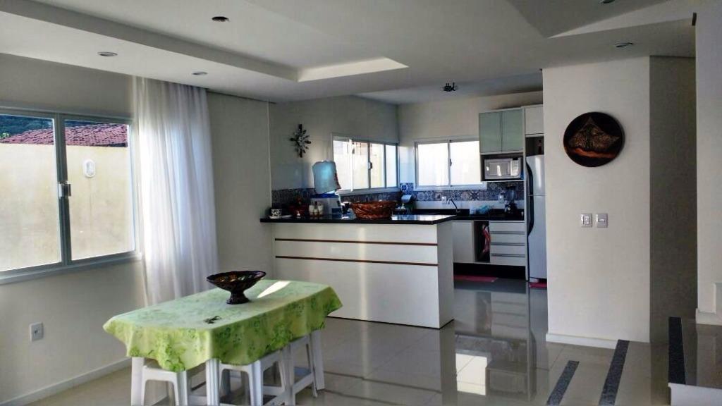 Metta Imobiliária - Casa 4 Dorm, Cacupé (CA0440) - Foto 12
