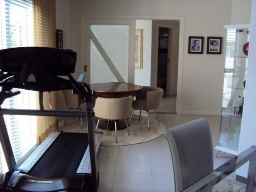 Metta Imobiliária - Casa 4 Dorm, Cacupé (CA0012) - Foto 8