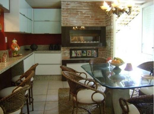 Metta Imobiliária - Casa 3 Dorm, Sambaqui (CA0101) - Foto 11