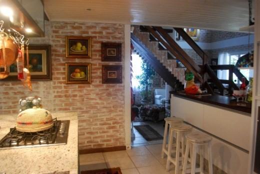 Metta Imobiliária - Casa 3 Dorm, Sambaqui (CA0101) - Foto 20