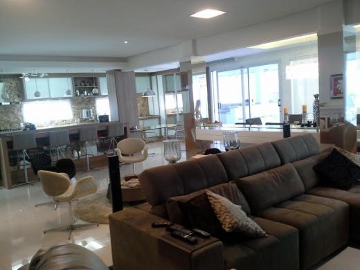 Metta Imobiliária - Casa 4 Dorm, Cacupé (CA0110) - Foto 14