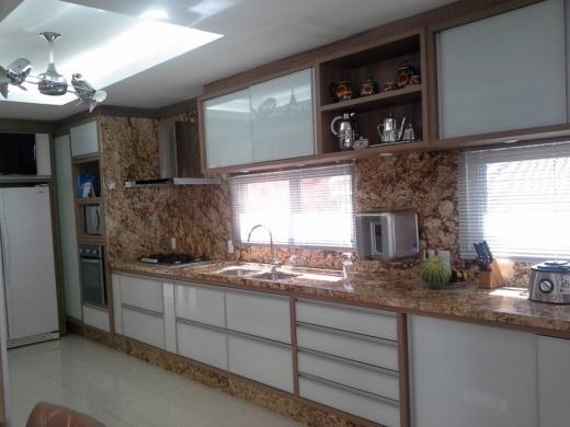 Metta Imobiliária - Casa 4 Dorm, Cacupé (CA0110) - Foto 3
