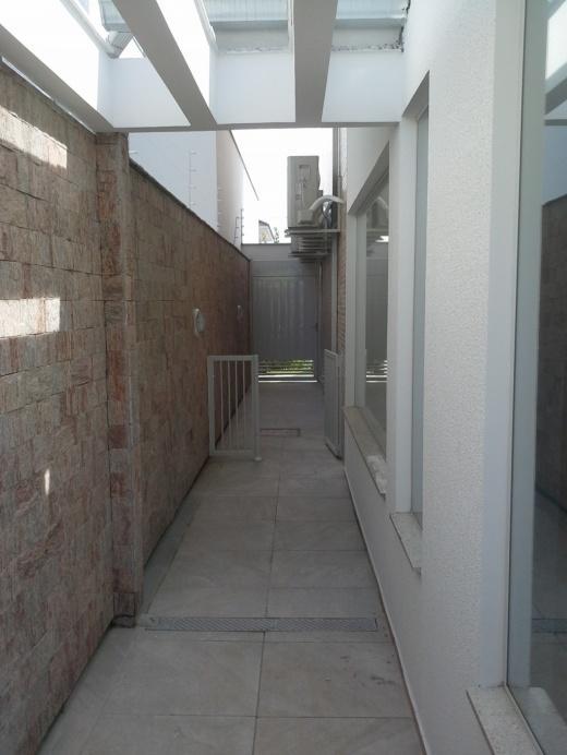 Metta Imobiliária - Casa 4 Dorm, Cacupé (CA0110) - Foto 19