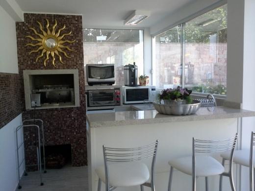 Metta Imobiliária - Casa 4 Dorm, Cacupé (CA0110) - Foto 15