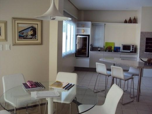 Metta Imobiliária - Casa 4 Dorm, Cacupé (CA0012) - Foto 14