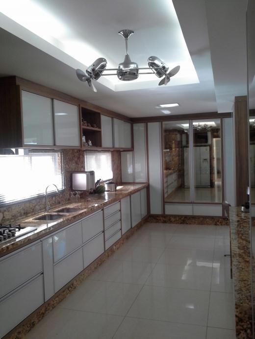 Metta Imobiliária - Casa 4 Dorm, Cacupé (CA0110) - Foto 2