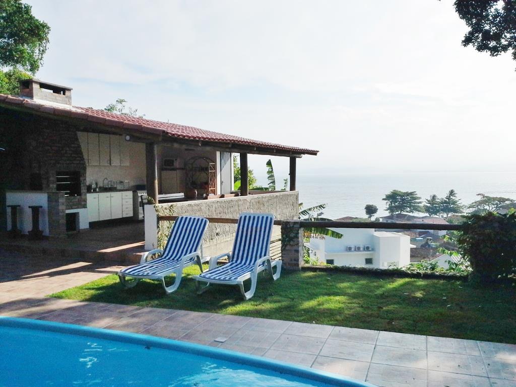 Casa 3 Dorm, Sambaqui, Florianópolis (CA0239)