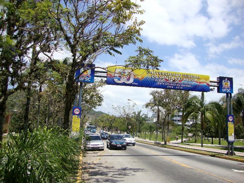 Casa 4 Dorm, Córrego Grande, Florianópolis (CA0174) - Foto 2