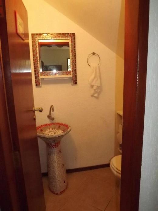Metta Imobiliária - Casa 8 Dorm, Morro das Pedras - Foto 2
