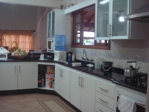 Metta Imobiliária - Casa 4 Dorm, Rio Tavares