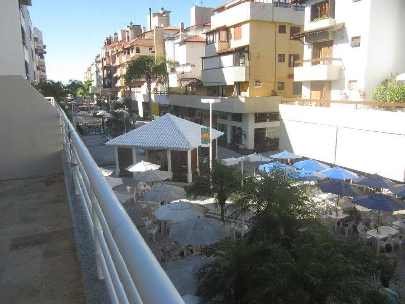 Apto 2 Dorm, Jurerê, Florianópolis (AP0114)