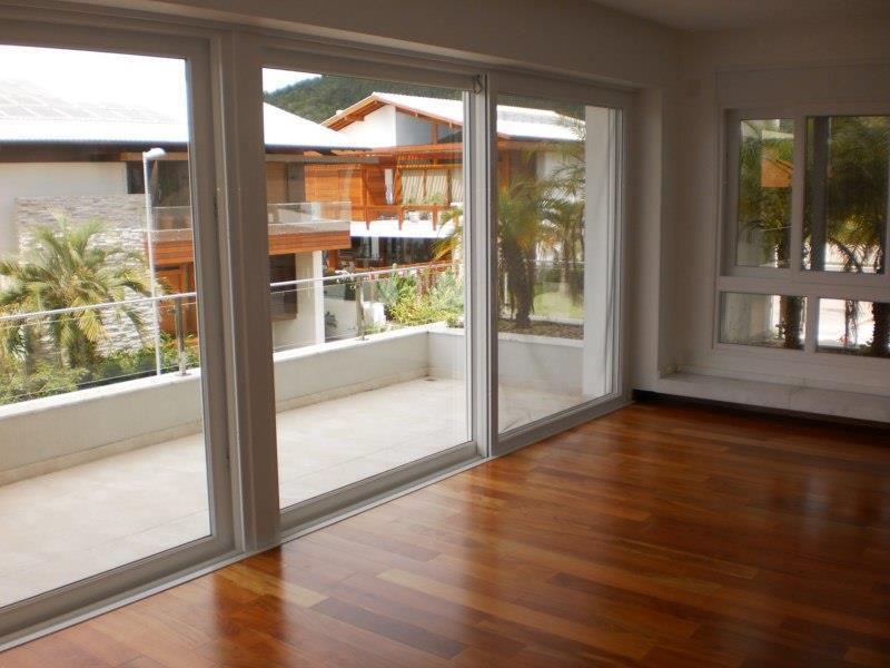 Metta Imobiliária - Casa 4 Dorm, Jurerê (CA0389) - Foto 16