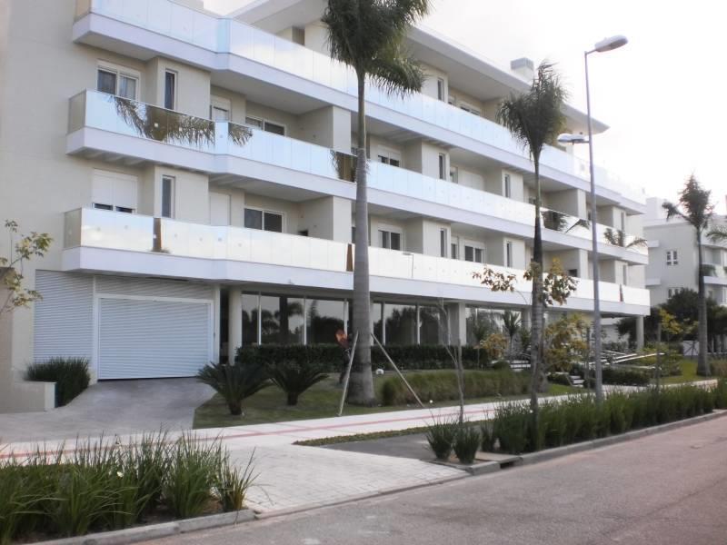 Apto 3 Dorm, Jurerê, Florianópolis (AP0540)