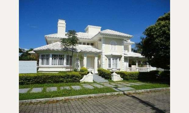 Casa 3 Dorm, Jurerê, Florianópolis (CA0360)