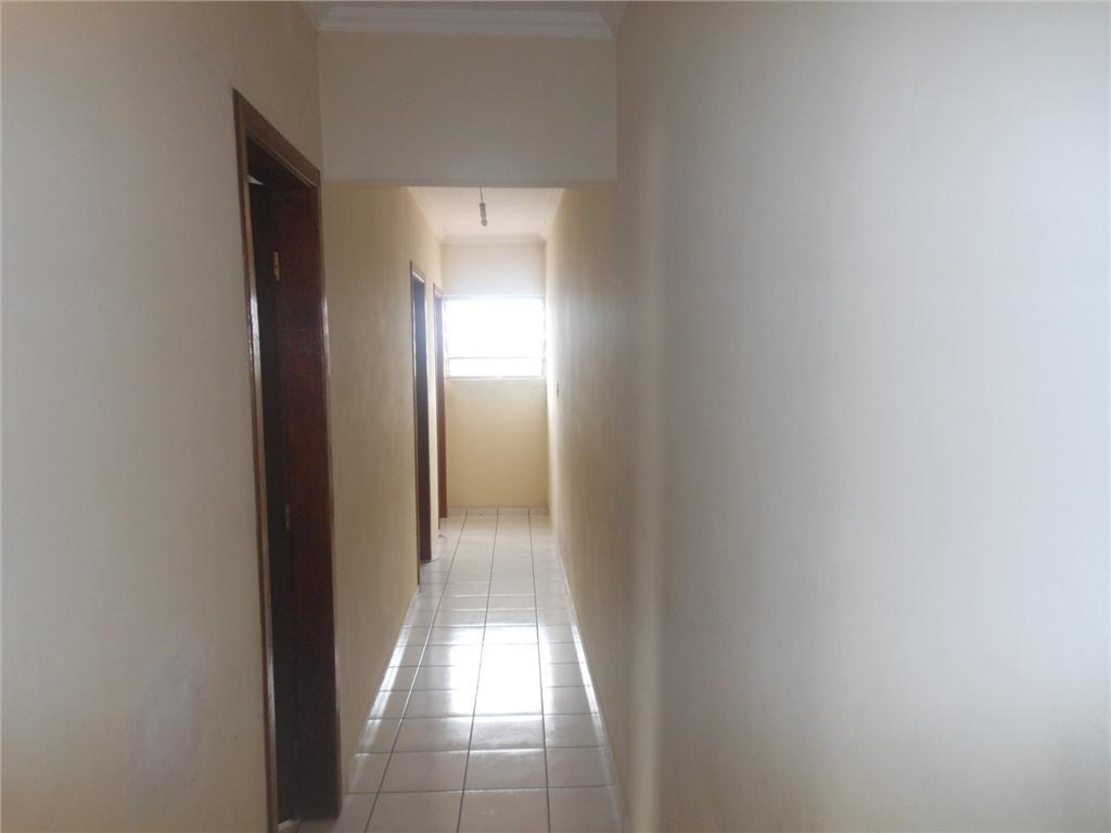 Ótimo sobrado 221m², 2 dormitórios c/ suíte, 2 vagas, em Sto André!