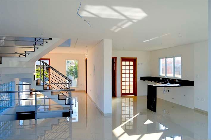 Casa de 260m² com 4 suites em Cotia, SP