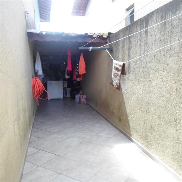 Sobrado de 70m² com 2 dorms c/ suite na Vila Tupi, Praia Gra