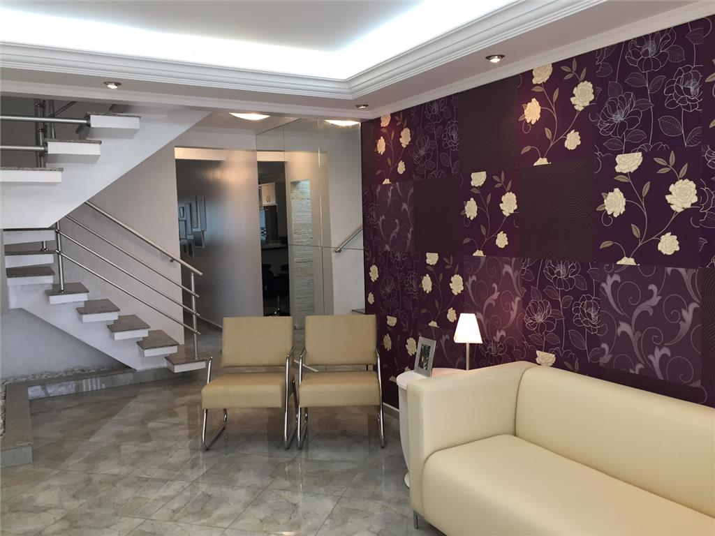 Casa  203m² com 3 dorms c/ suite em Santo André.