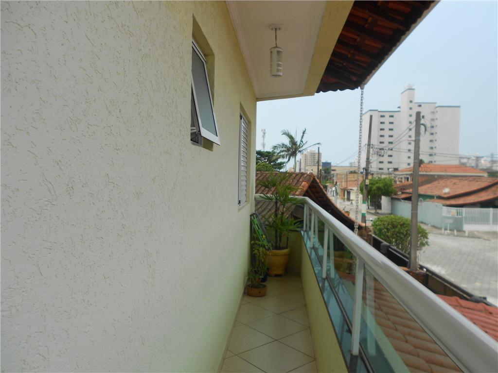Sobrado de 70m² com 2 dorms c/ suite na Vila Tupi, Praia Grande, SP!