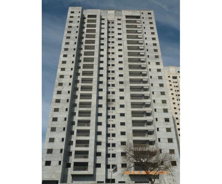 Apto de 80m² com 3 dorms c/ suite no Century Plaza, em Santo André.