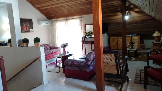 Sobrado de 4 dormitórios à venda em Aberta Dos Morros, Porto Alegre - RS