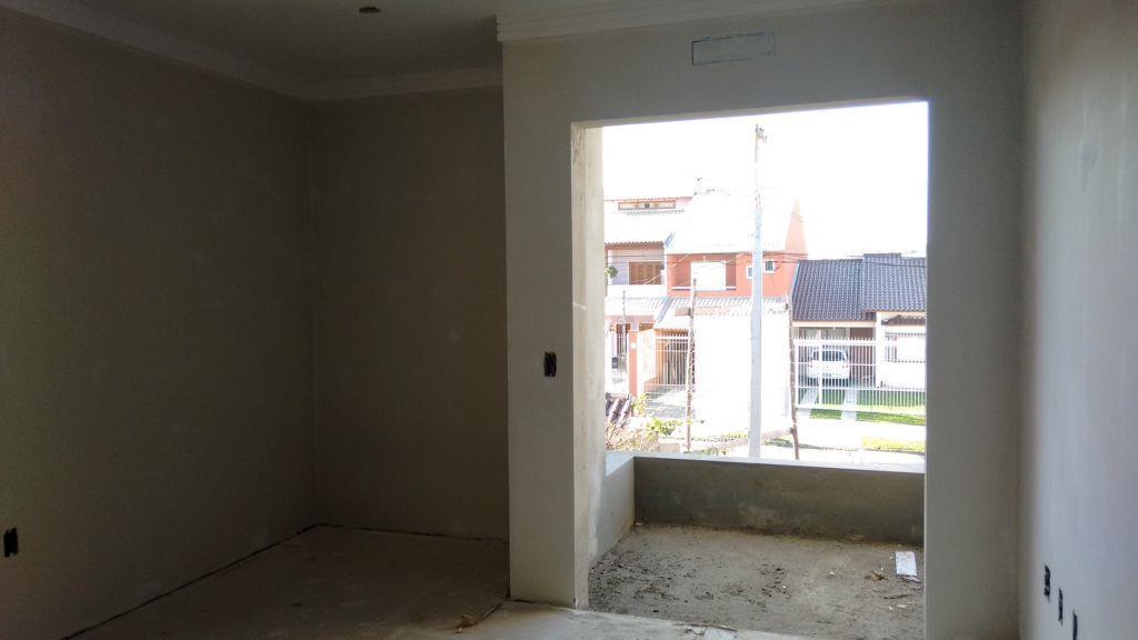 Sobrado de 3 dormitórios em Hípica, Porto Alegre - RS