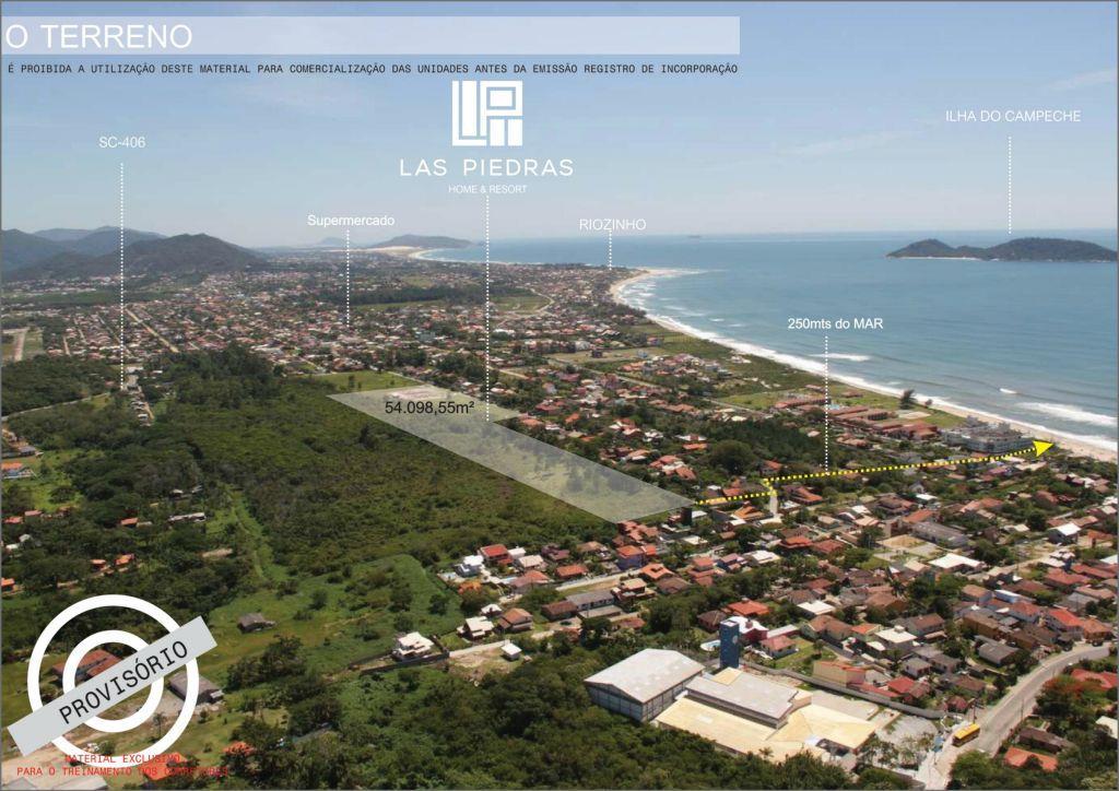 Sobrado de 2 dormitórios em Morro Das Pedras, Florianópolis - SC
