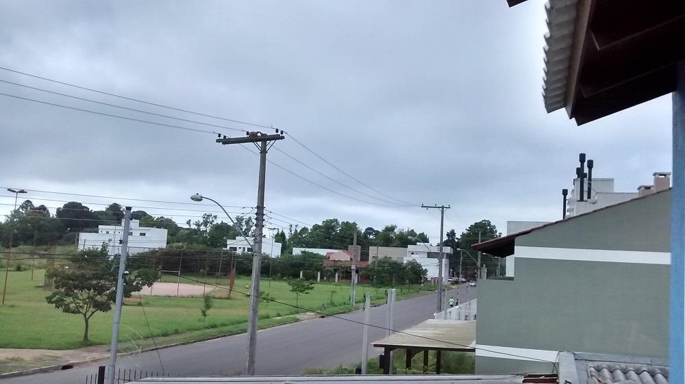 Casa de 2 dormitórios em Hípica Boulevard, Porto Alegre - RS