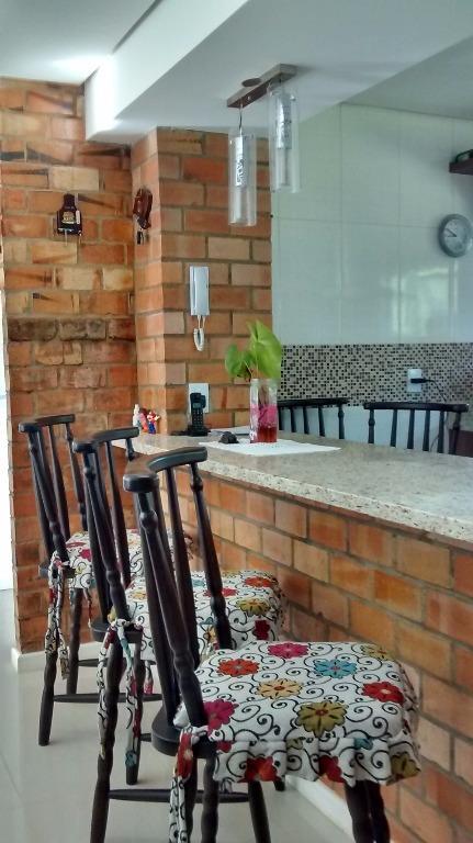 Casa de 3 dormitórios em Chapéu Do Sol, Porto Alegre - RS